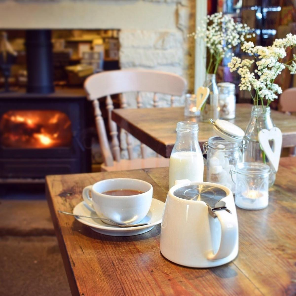 Images from Leadenham Teahouse